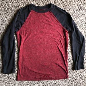 Boys baseball style shirt - Size M